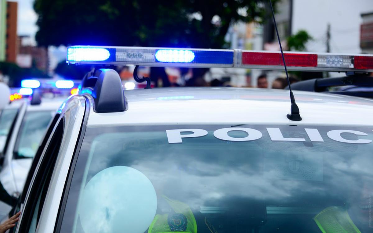 Przegląd samochodu skierowanego przez policję